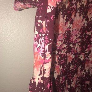 Old Navy Maroon Dress with flowers 💐 🌸 🌺